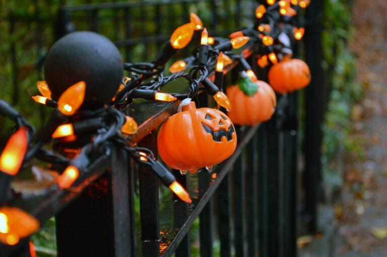 Happy Halloween Greetings Pictures