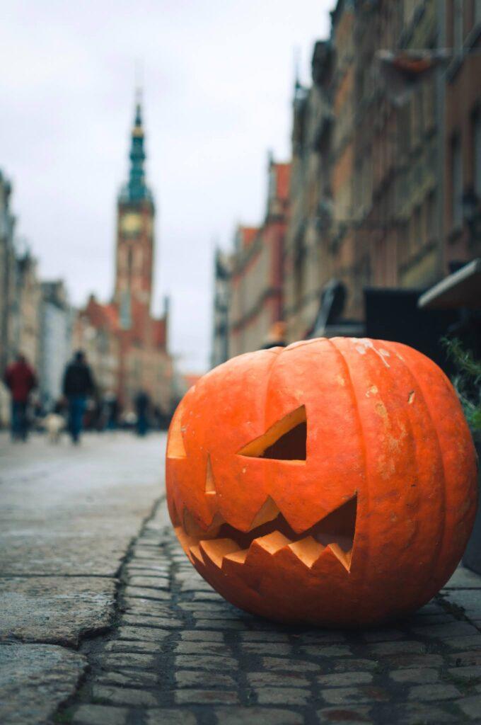 Halloween pumpkin carving patterns
