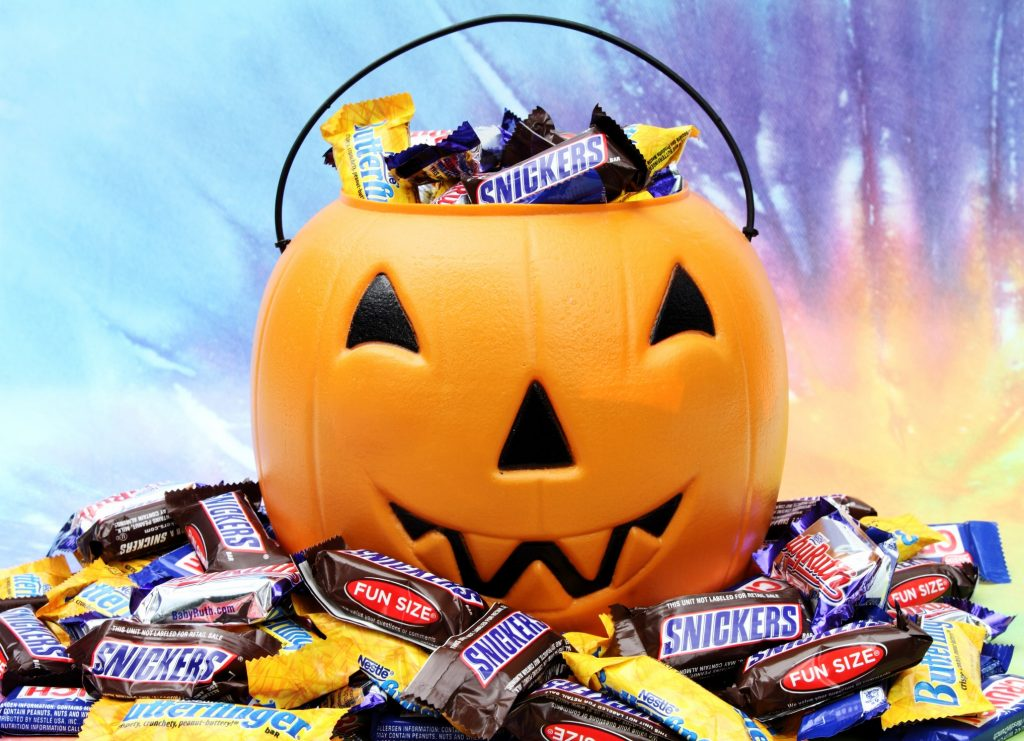 Candy and Food Safety Tips for Halloween