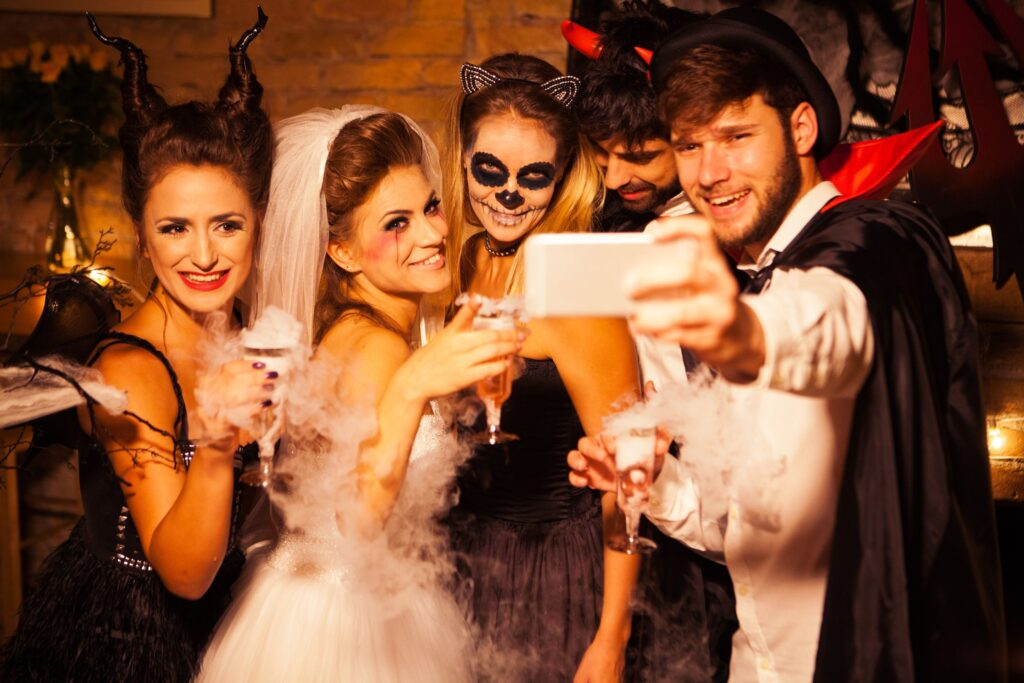 halloween party tips for college students